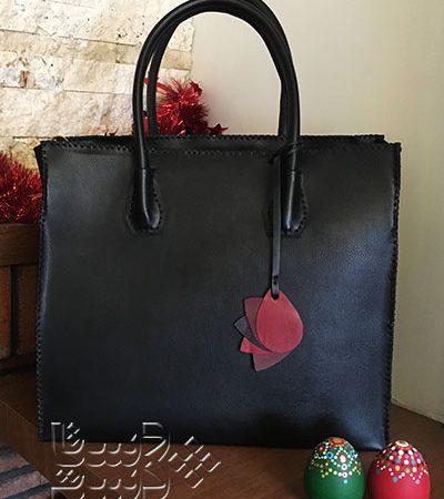 کیف دوشی چرمی با آویز نوروز