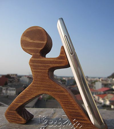 پایه موبایل آدمک چوبی